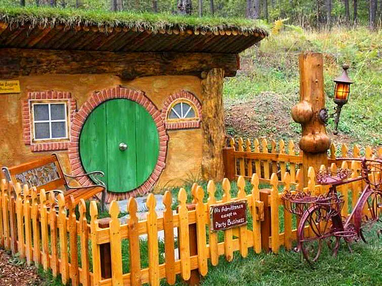 The Shire Of Montana Real Hobbit House In Mt 17
